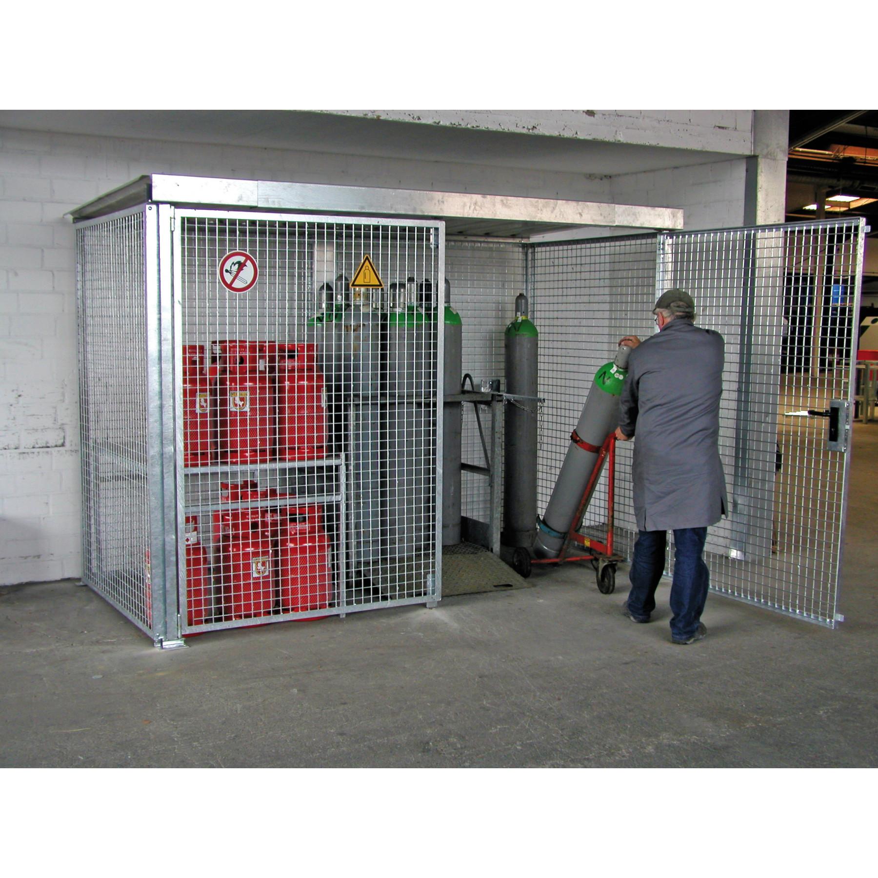 Gasflessencontainer voor buitenopslag van gasflessen, dubbele vleugeldeur